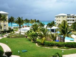 One bedroom 1 1/2 bath; beautiful Alexandra Resort - Turks and Caicos vacation rentals