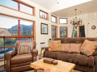 Aspen Creek 3 - Mammoth Rental - Near Eagle Lift - Mammoth Lakes vacation rentals