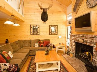 Chamonix 90 - Mammoth Condo - Near Canyon Lodge - Mammoth Lakes vacation rentals
