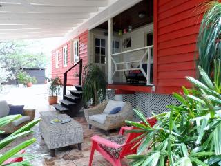 Tropical CHALET Aruba. (No hablo Espanol) - Paradera vacation rentals