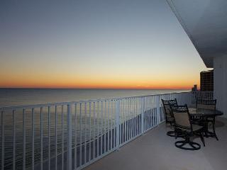 Lighthouse 1418- Gulf Shores, AL - Open Dates: April 11-May 3 - Gulf Shores vacation rentals