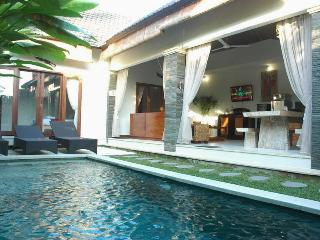 LEGIAN - 3 Bedroom Villa (o) Sleeps 8 - CRIS - Kuta vacation rentals
