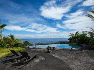 Oeanfront Luxury Home 3.5 Bdr. Heated Pool & Spa - Keaau vacation rentals