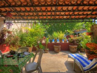 Affordable Lodging Near the Beach - Bucerias, Nay - Bucerias vacation rentals