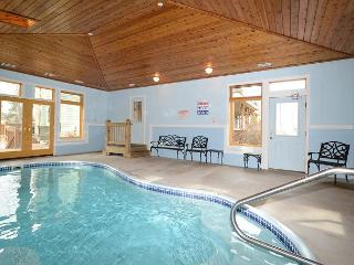 An Unforgettable Home; 2 Hot Tubs, Private Indoor Pool, 2 Dock Slips & MORE!! - Swanton vacation rentals