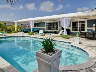 SKY: Modern Luxury at it's Finest! Close to Beach! - Wilton Manors vacation rentals