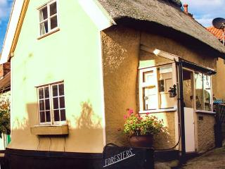 FORESTERS detached, thatched cottage with woodburner in Coddenham Ref 14935 - Stowmarket vacation rentals