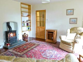 WOODHILL, with woodburner, off road parking and a spacious garden, in Barnard Castle, Ref 18104 - Barnard Castle vacation rentals