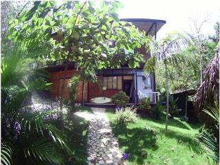Cozy studio, TROPICAL PARADISE steps from Ocean - Playa Hermosa vacation rentals