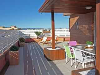 Top floor apartment with terrace+air conditioning - Salou vacation rentals