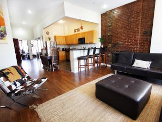 AMAZING 2 BEDROOM FLAT IN MANHATTAN - New York City vacation rentals