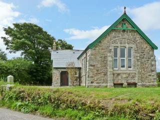 MOUNT JOY CHAPEL, near beaches, walks and cycle paths, with off road parking and an enclosed garden, near Newquay, Ref 5917 - Polgooth vacation rentals