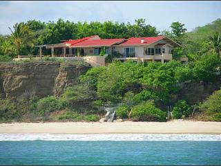 Spacious 9 bedroom Villa in Punta del Burro - Punta del Burro vacation rentals