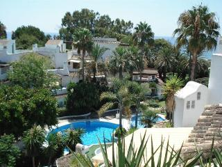 Beachside Penthouse in Marbella Golden Beach - Costa del Sol vacation rentals