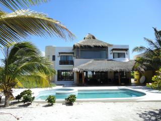 CASA VERA GREAT OCEAN FRONT RESIDENCE WITH POOL - Telchac Puerto vacation rentals