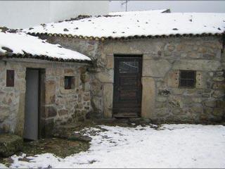 Casas Folgosinho - House Superior Bedroom - Gouveia vacation rentals