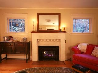 Private North Seattle Guest Cottage - Seattle Metro Area vacation rentals