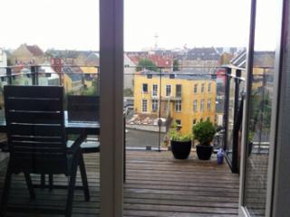 Lovely refurbished Copenhagen apartment at Noerrebro - Copenhagen vacation rentals