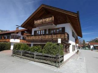 LLAG Luxury Vacation Apartment in Mittenwald - 592 sqft, quiet, central, cozy (# 3181) - Mittenwald vacation rentals