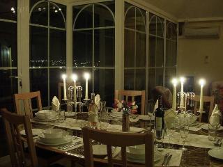 Luxury 4+ bedroom Algarve villa, with heated pool - Mexilhoeira Grande vacation rentals
