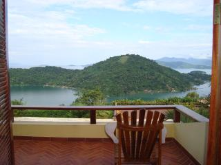 4 bedroom house in Paraty with marvelous view - Paraty vacation rentals