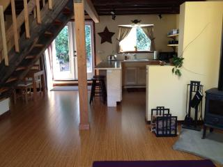 Cully Carriage House - NE Portland, Oregon - Portland vacation rentals