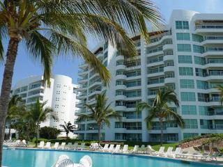 R&A Mayan Beach Property & Speed Boat Rent - Nuevo Vallarta vacation rentals