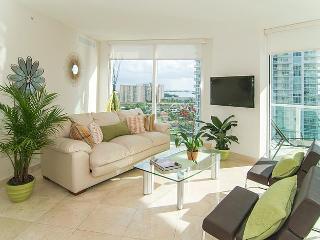 SUNNY ISLES SPECTACULAR BRAND NEW 5 STAR CONDOMINIUM!! LUXURY 3 BEDROOMS WATERFRONT !! - Coconut Grove vacation rentals