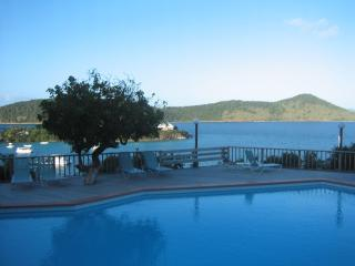 Unobstructed ocean view $150 DISCOUNT on APRIL WKS - East End vacation rentals