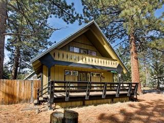 890 Candlewood Relaxing Tahoe Cabin - South Lake Tahoe vacation rentals