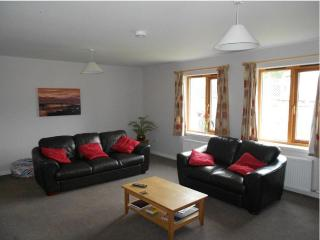 Fettercairn - Luxury 3 bed cottage, Fort Augustus - Fort Augustus vacation rentals