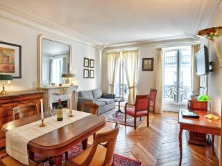 Classic Luxe in Best Location Ctral A/C 2BedR+2BhR - Paris vacation rentals
