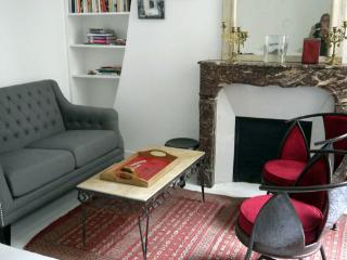 Quiet Marais apartment near Hotel de Ville - Paris vacation rentals