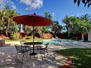 3BR w/ Solar Heated Pool Near everything in FTL - Fort Lauderdale vacation rentals
