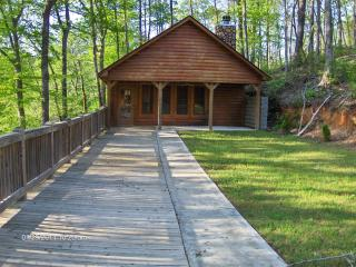 log cabin, canoeing, fishing - Heflin vacation rentals