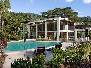 Rainforest Estate - Port Douglas vacation rentals