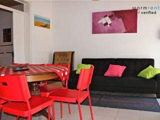 Black Pepper Apartment, Bairro Alto, Lisbon - Lisbon vacation rentals