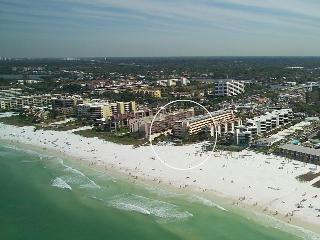 Siesta Key @ Crescent Beach -2 BR-Beachfront Condo - Siesta Key vacation rentals