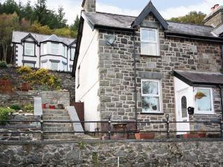 1 TAN Y FEDW semi-detached, WiFi, stone cottage with terraced garden on edge of Snowdonia in Trefriw Ref 18808 - Trefriw vacation rentals