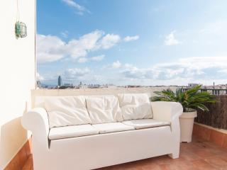 Central with terrace - Barcelona vacation rentals