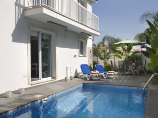 PD32 Casa Bianca - Kapparis vacation rentals