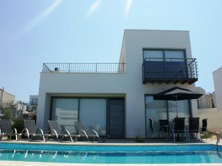 Comfortable 3 bedroom Villa in Latchi - Latchi vacation rentals