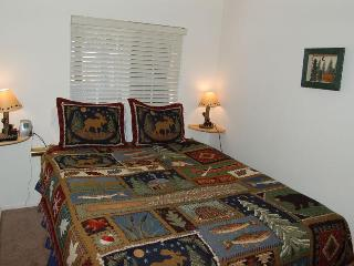 Heather Lake Cabin for 4 in ideal location - South Lake Tahoe vacation rentals