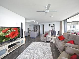 Comfortable 3 bedroom Apartment in Redcliffe - Redcliffe vacation rentals
