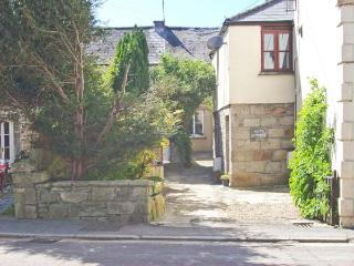 BEAU COTTAGE village centre, courtyard garden in Saint Columb Major Ref 29484 - Polgooth vacation rentals