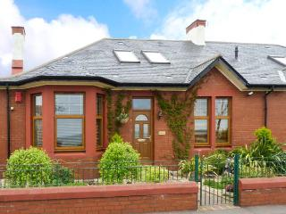 ROCKVILLE, pet-friendly, en-suite, mostly ground floor, Leven Links Golf Course nearby, Ref 911872 - Leven vacation rentals