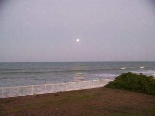 2 bedroom, 2 bath condo on the beach! - Satellite Beach vacation rentals