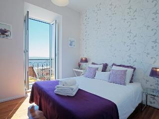 Remedios II - Lisbon vacation rentals