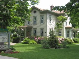 Carriage House Inn B&B Newark Island Room - Sodus Point vacation rentals