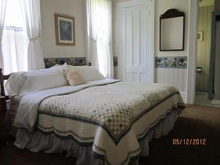 Beautiful B&B with Internet Access and Garden - Sodus Point vacation rentals